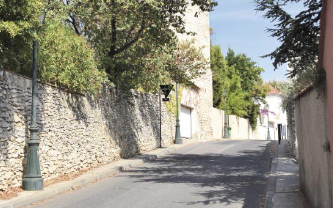 Promenade dans la rue des Moulins