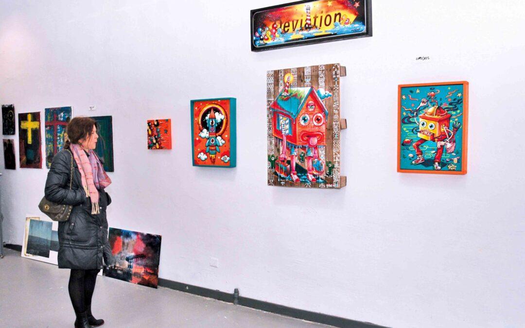 Une colonie d'artistes bourdonne à La Ruche