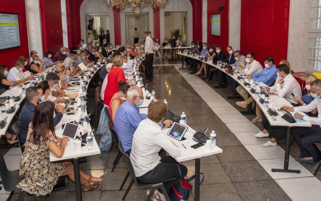 L'équipe municipale de Nîmes évolue