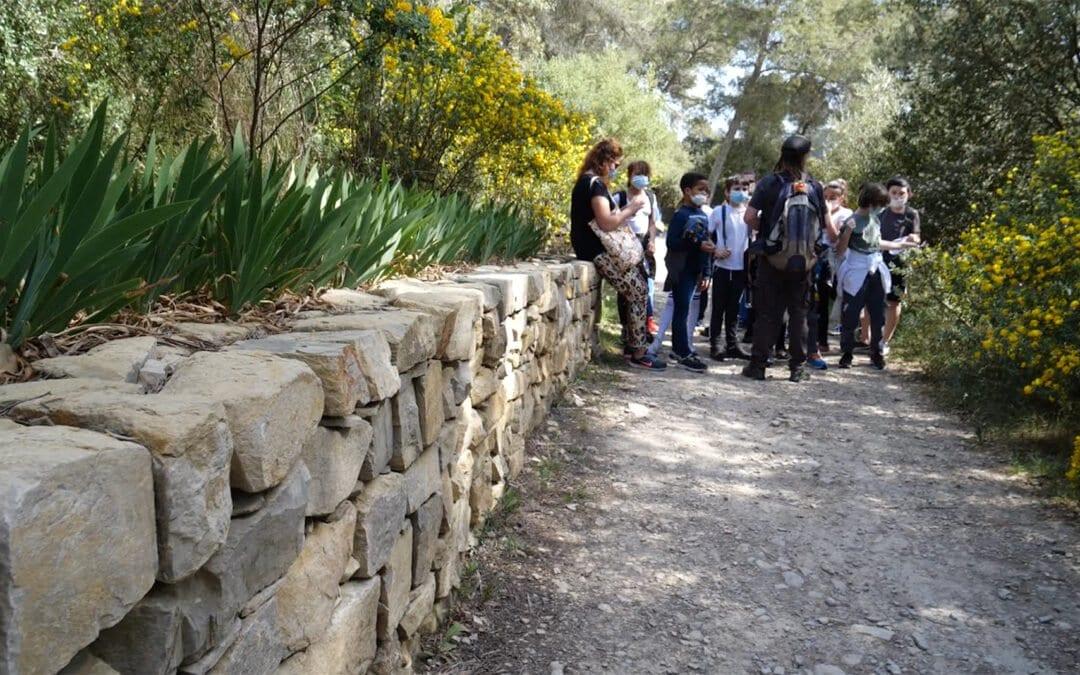 (Vidéo) Dispositif nature initié par la Ville de Nîmes : les CM2 dehors !