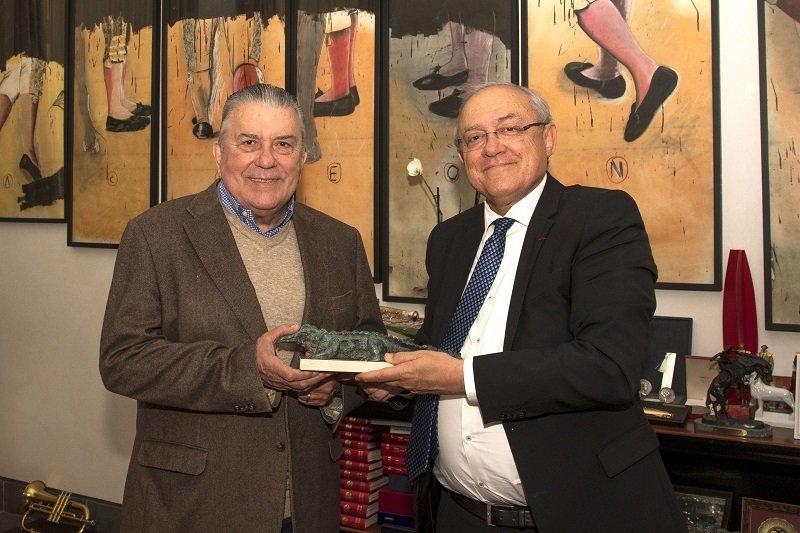 Le Maire de Nîmes Jean-Paul Fournier et Didier Lauga, lors de son départ de la préfecture du Gard en mars 2021