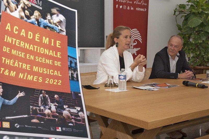 Sophie Roulle et Antoine Djing présentent l'Académie théâtre et musique de Nîmes