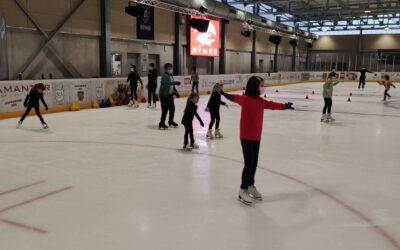 Patinage artistique et ballet sur glace à la patinoire